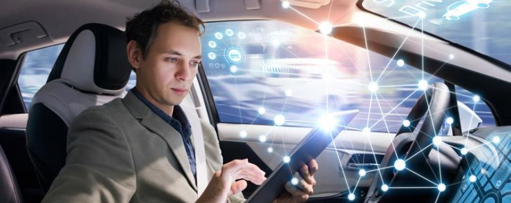 Roulez connecté avec les aides à la conduite
