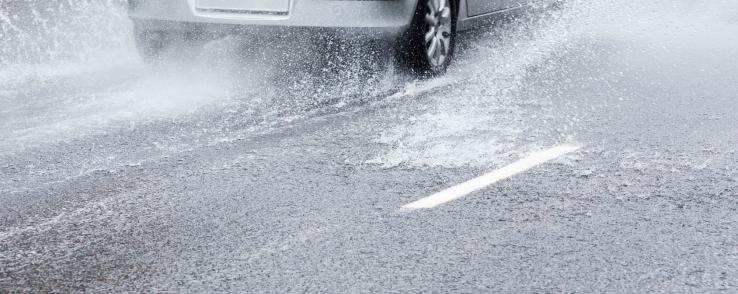 6 conseils pour rouler sous la pluie